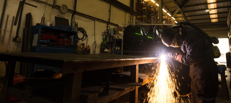 Apex lifts using a plasma cutter